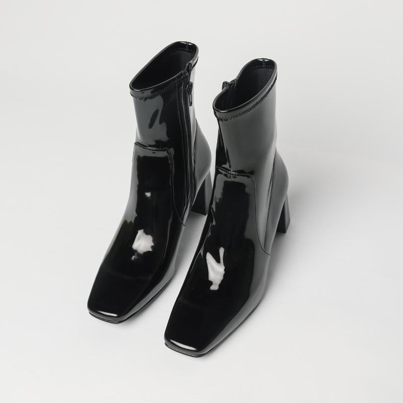 NEEDLE◆亮皮方头短靴