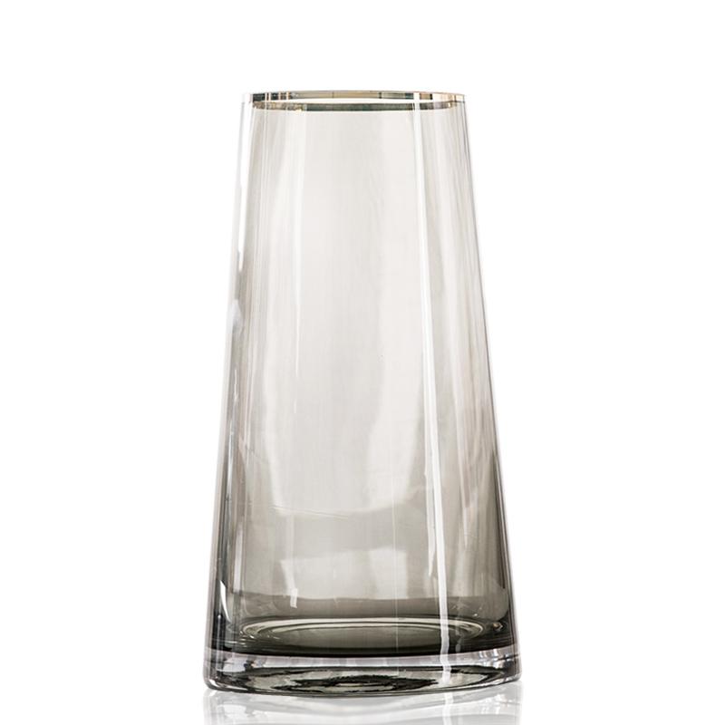 轻奢 简约玻璃花瓶