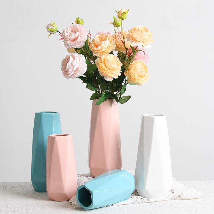 ,设计感爆棚丨小众花瓶的魅力