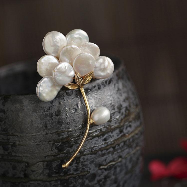 巴洛克异形天然珍珠胸针