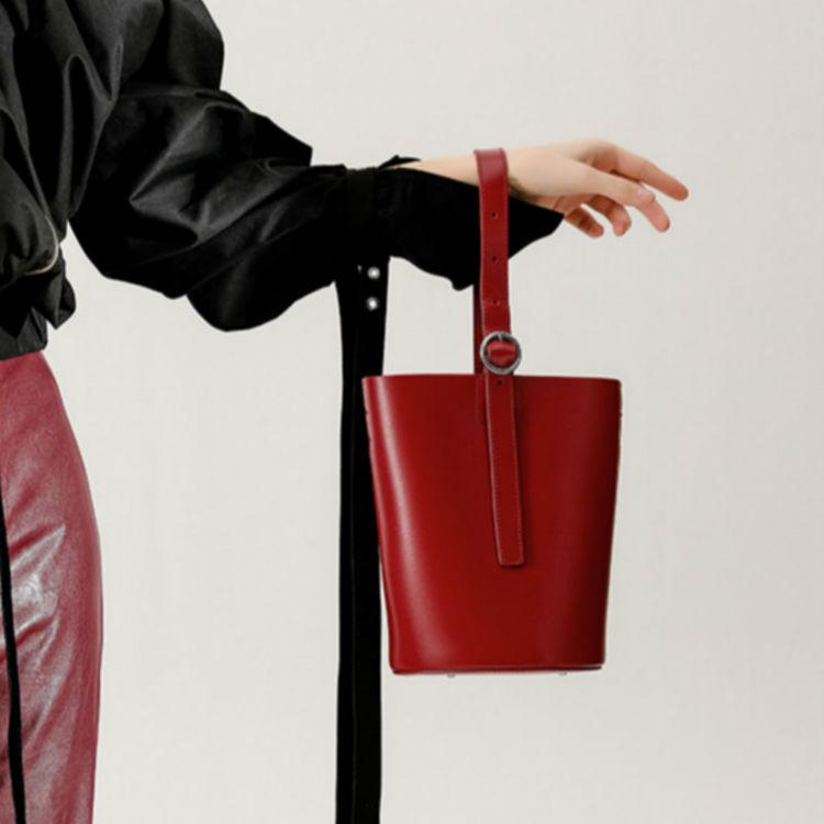 ,时尚出街,就差这一个平价又大牌的包包了!